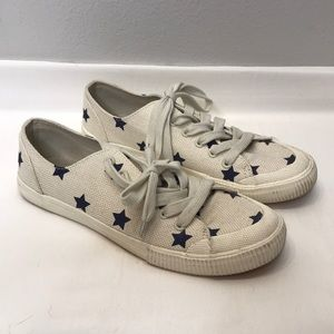 Universal Thread Star Shoes Size 8